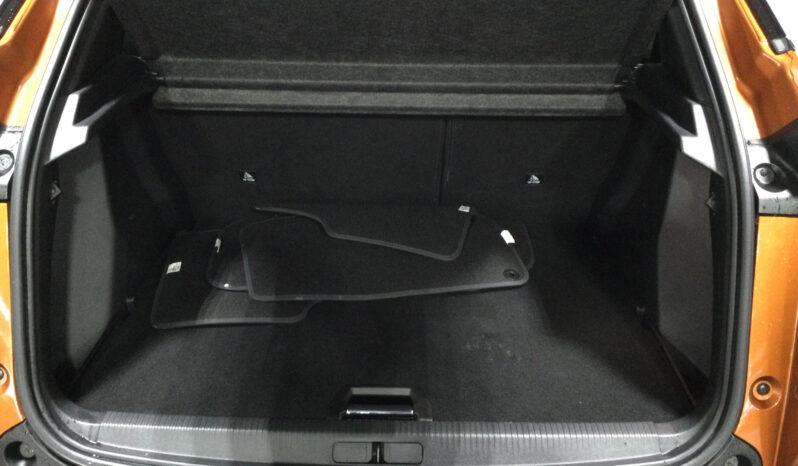 PEUGEOT 2008 1.2 P/T 130 GT LINE Hatchback full