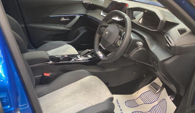 PEUGEOT E-2008 0.0 100KW 50KWH GT Hatchback full