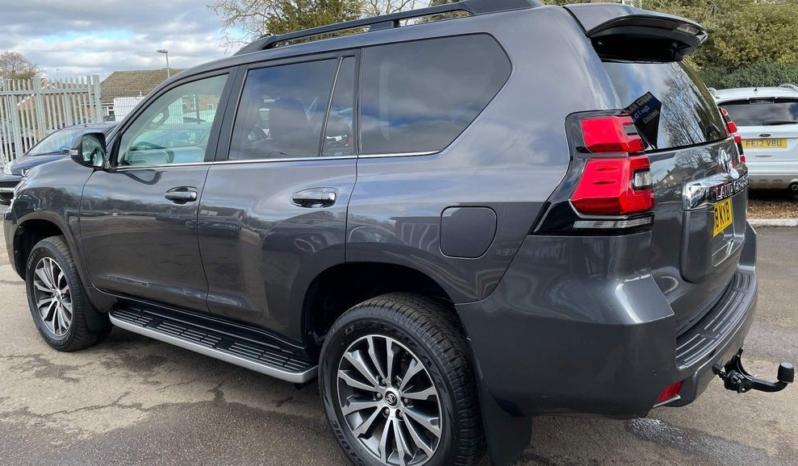 Toyota Land Cruiser 2018 (18 reg) full