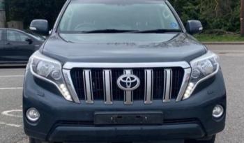 Toyota Land Cruiser 2017 (17 reg) full